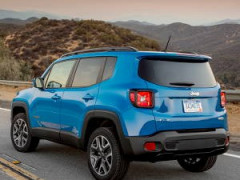 2014 Jeep Renegade Latitude 2.4 4WD